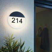 LED lámpatest házszámmal